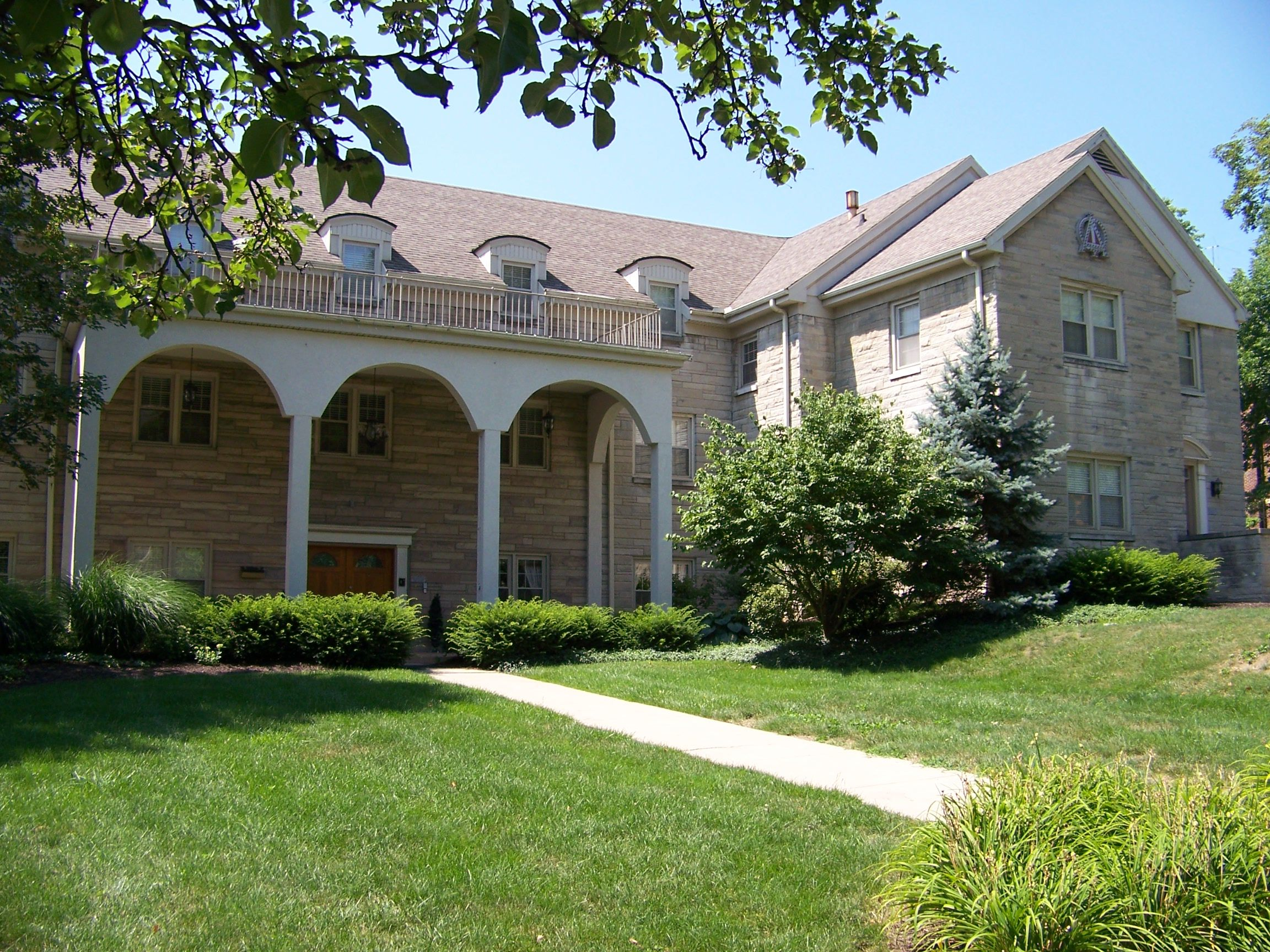 alpha phi, beta tau chapter - indiana university | alpha phi