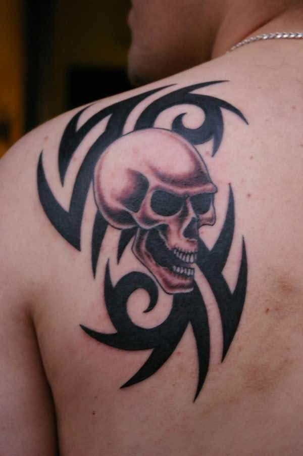 Amazing 3d Skull And Tribal Tattoo Pattern On Men Back Shoulder