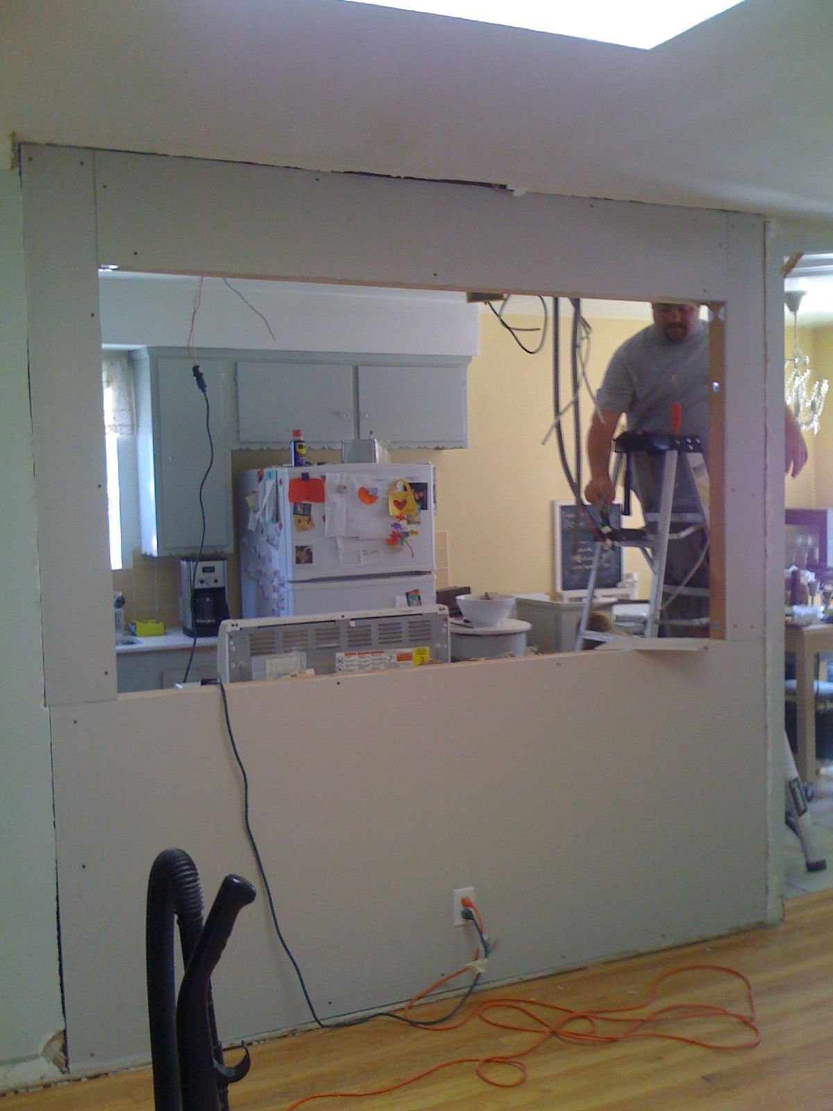 KNOCKING OUT A WALL TO INSTALL A BAR