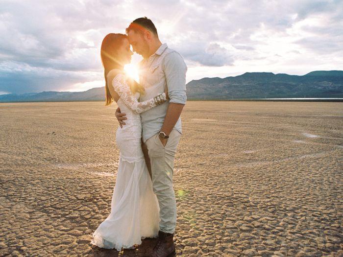 Las vegas desert wedding with flora pop and silver trailer for Wedding dress rentals in vegas