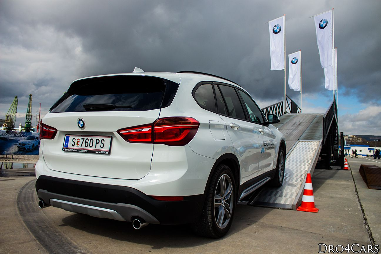 2016 bmw x1 rear and side view of the white model