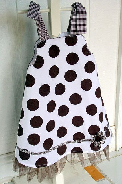 Love the large dots and ruffle at the bottom!