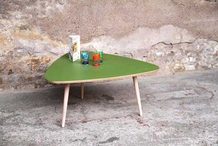 table basse tripode relook e by gentlemen designers. Black Bedroom Furniture Sets. Home Design Ideas