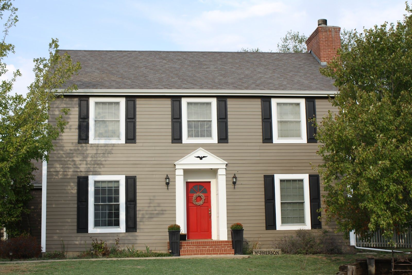 Sherwin Williams Foothills House paint exterior, House