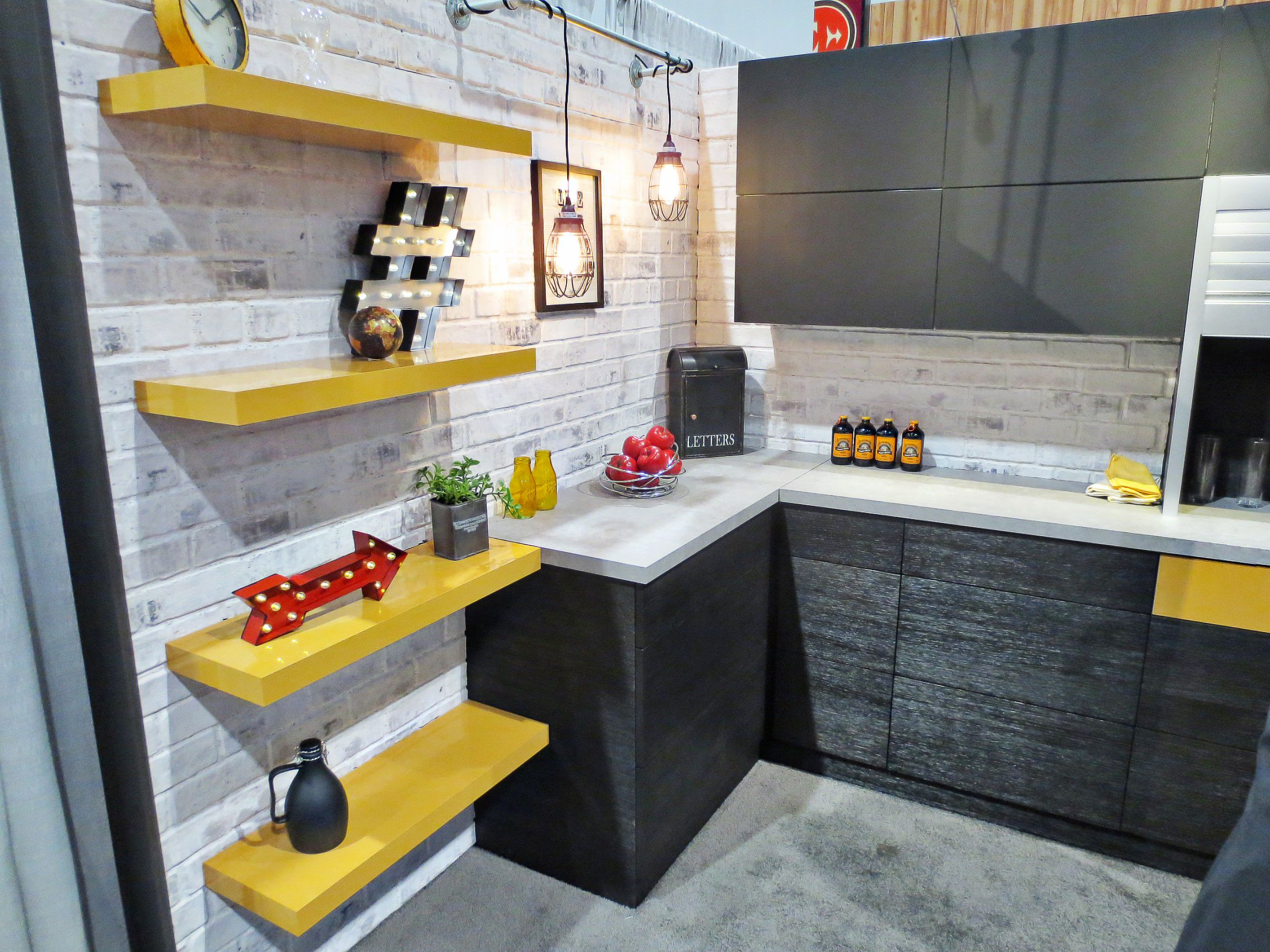 Kitchen Cabinet Textured Glass High Gloss Marigold Shelves Pop Paired With Dark