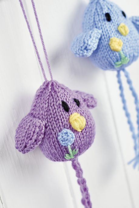 Hanging birdies free novelty knits pinterest free toy and hanging birdies free knitting pattern by nicola valiji dt1010fo