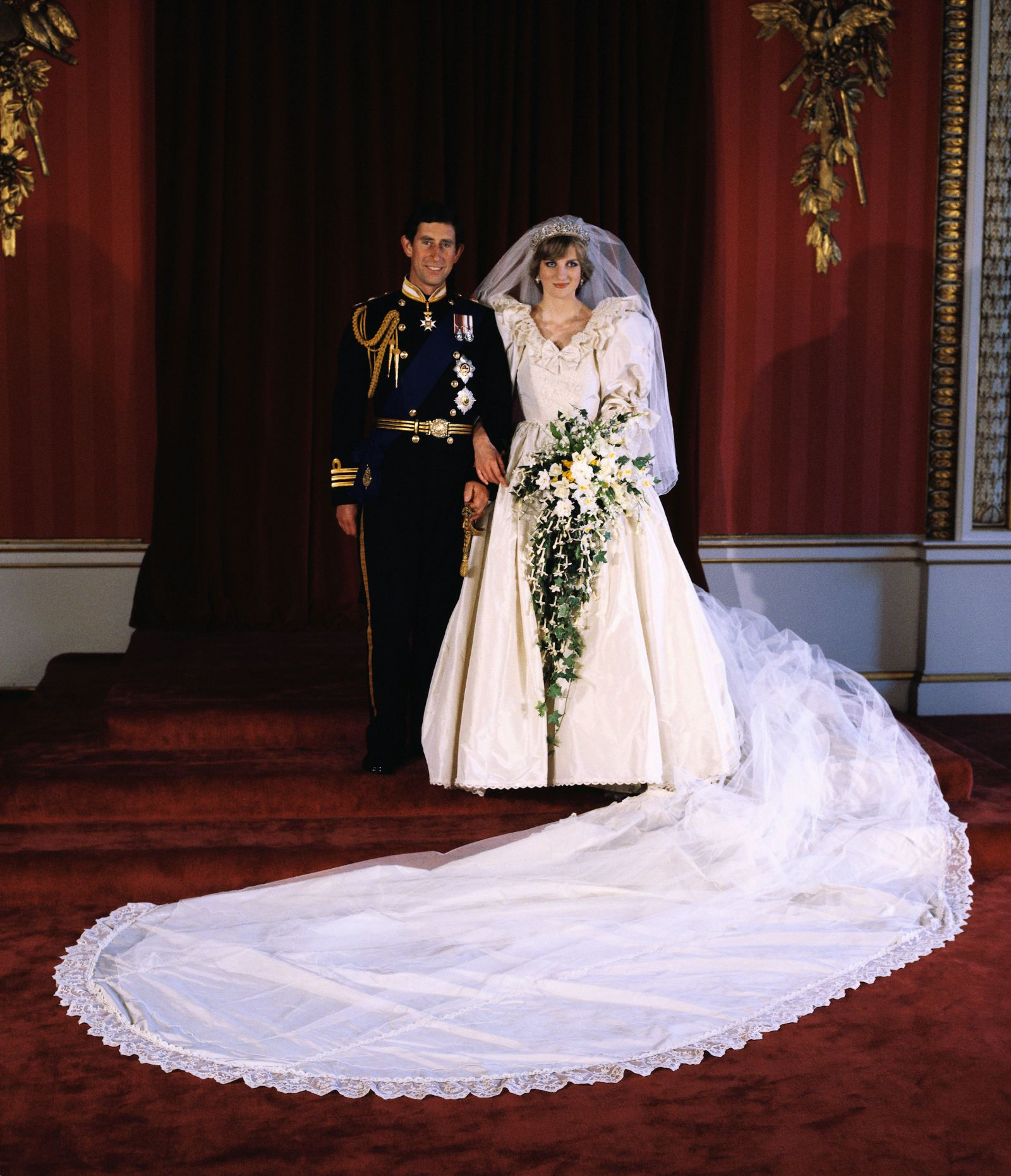 10 Hidden Details You Didn't Know About Princess Diana's