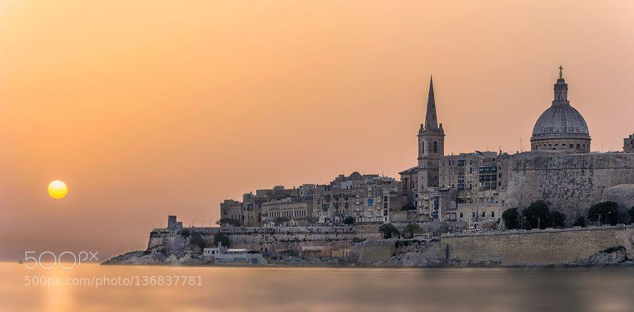#MALTASeaVallettabeautifulcolorfullightmorningseascapeskysunsunrisewater #slavovrosen (January 20 2016 at 08:48AM) Beautiful Valletta MALTA