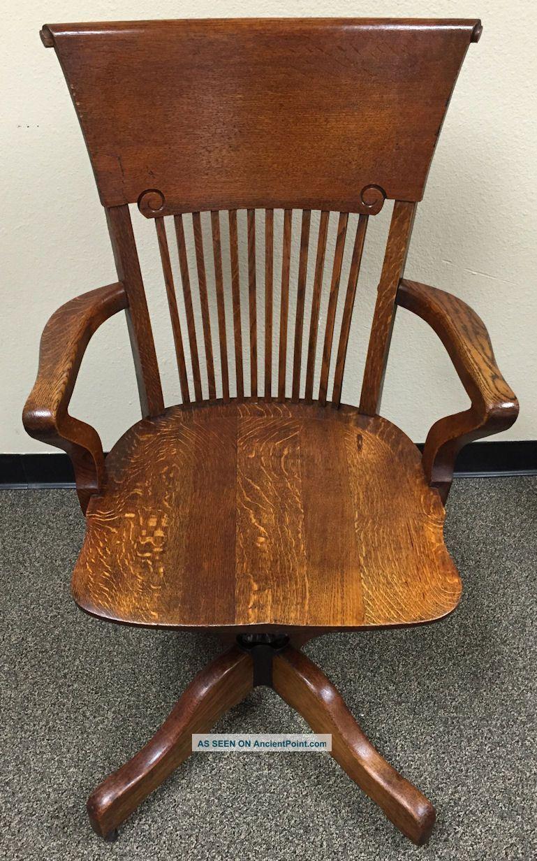 Antique Oak High Back Swivel Banker S Lawyer S Executive Desk