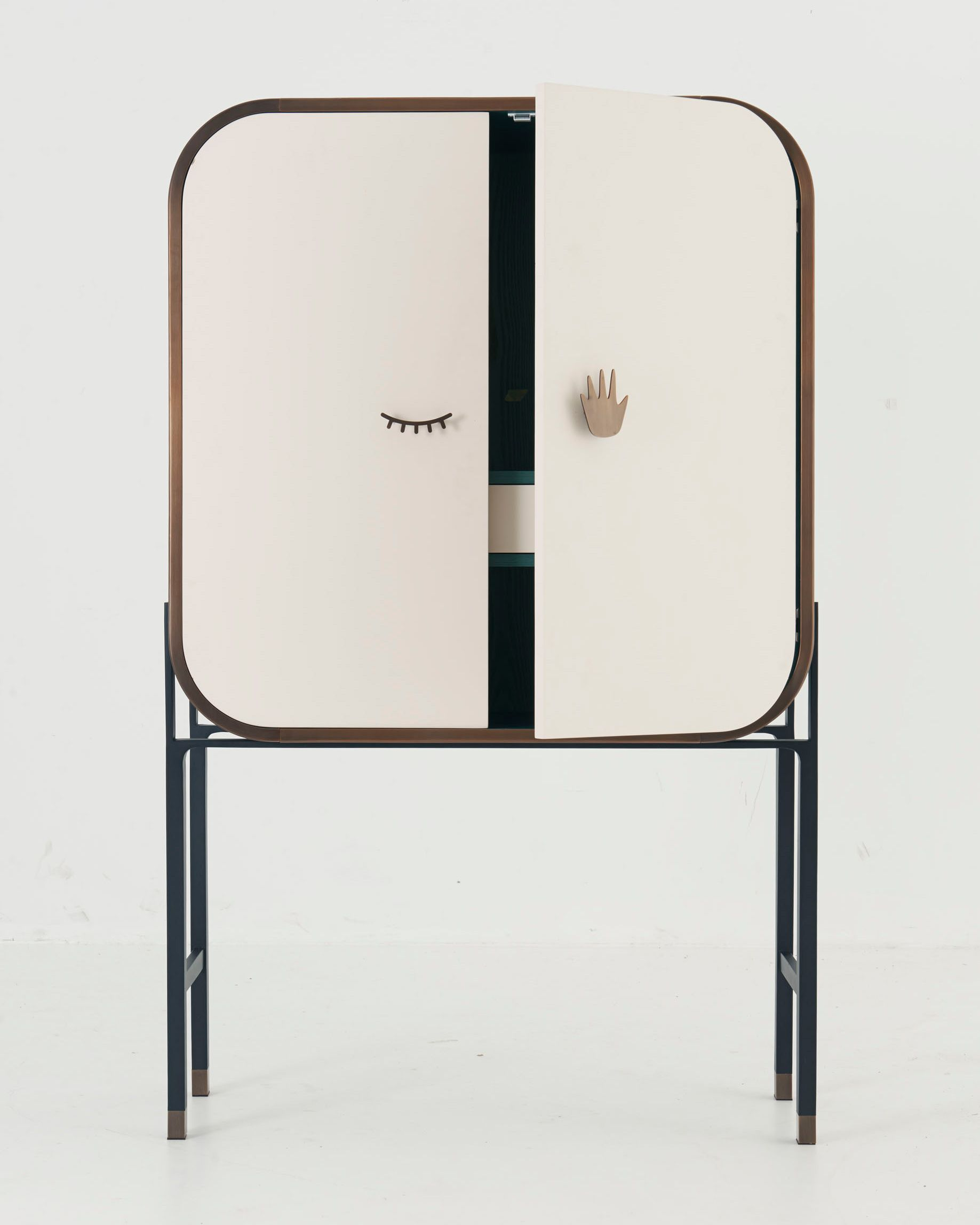 Name Blink Cabinet Designer Yabu Pushelberg Description  # Meuble Design Zein Chloe