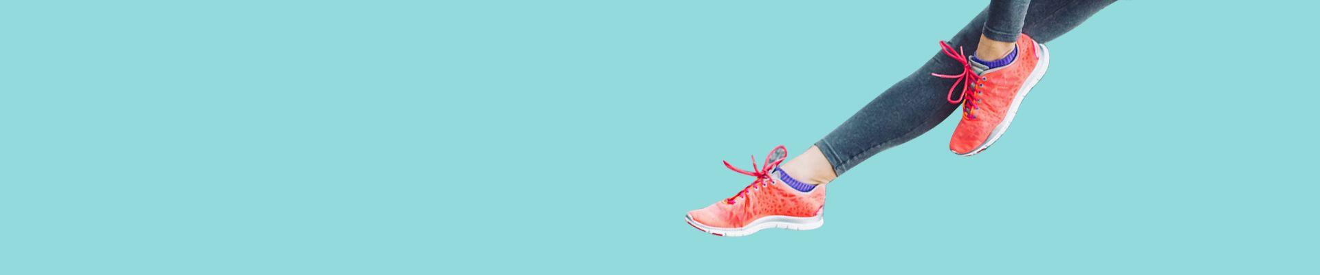 Beli aneka model sepatu wanita terbaru kualitas terbaik mulai dari model wedges, boots, sneakers, sport, slip on, heels, dll, dengan harga murah hanya di KindleCup, belanja cepat & nyaman, jaminan uang kembali & pengiriman cepat.