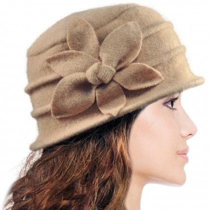 4a61dd744eb Women s Daisy Flower Wool Cloche Bucket Hat