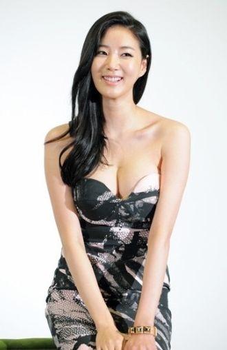 Asian cute boobs