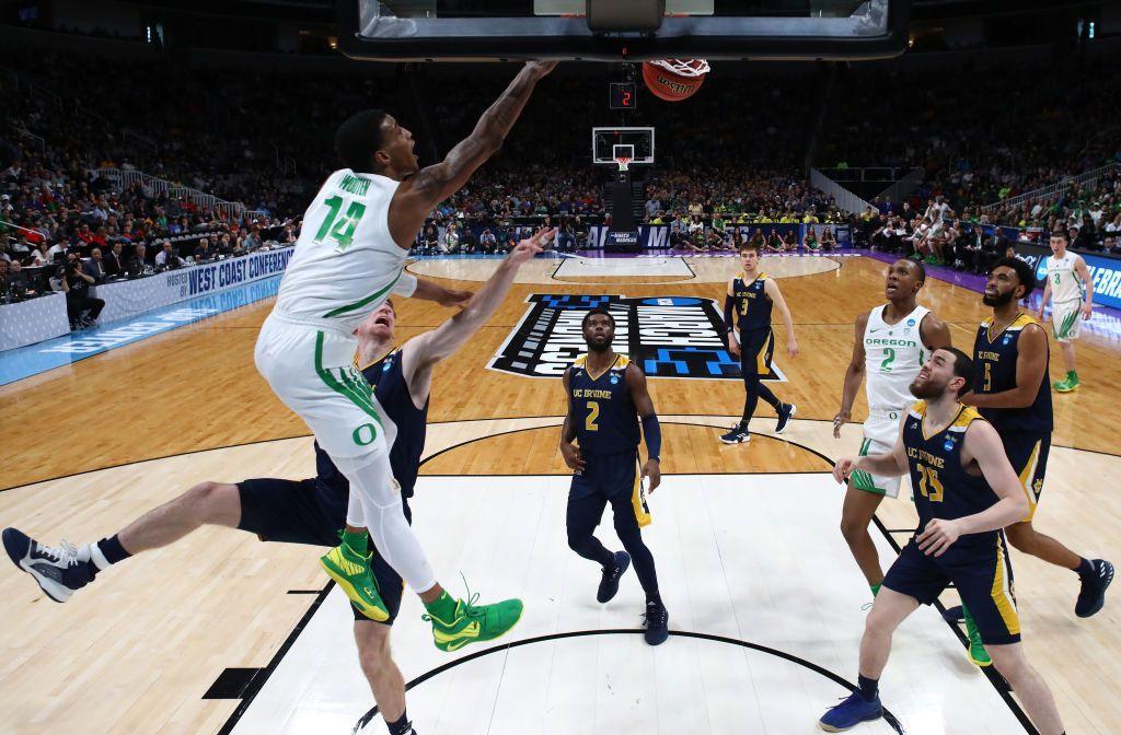 Tournament Buzz Oregon's Kenny Wooten A Human Highlight