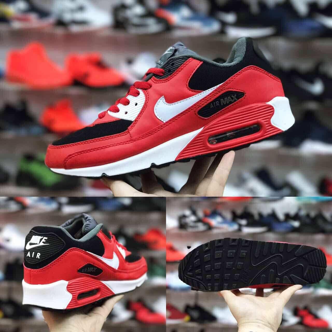 Cena 2.800 din original   Sneakers nike, Air max sneakers