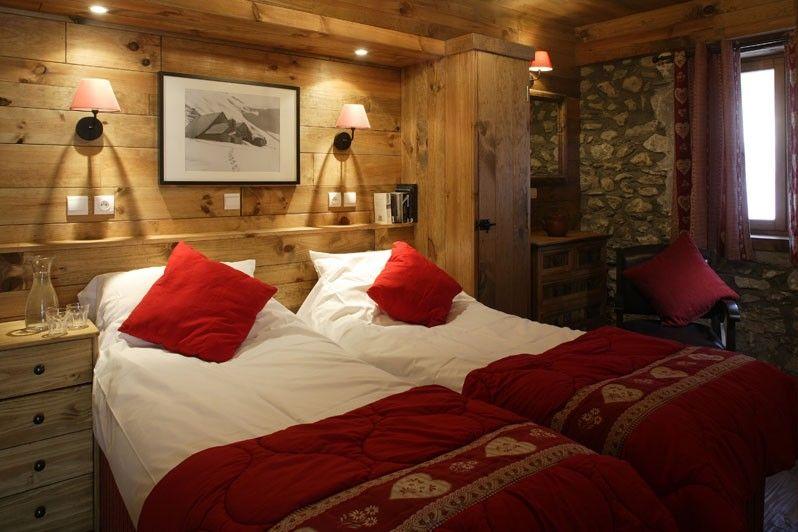 Chalet chamois volant bed les deux alpes design Innenarchitekt wohnungseinrichtung
