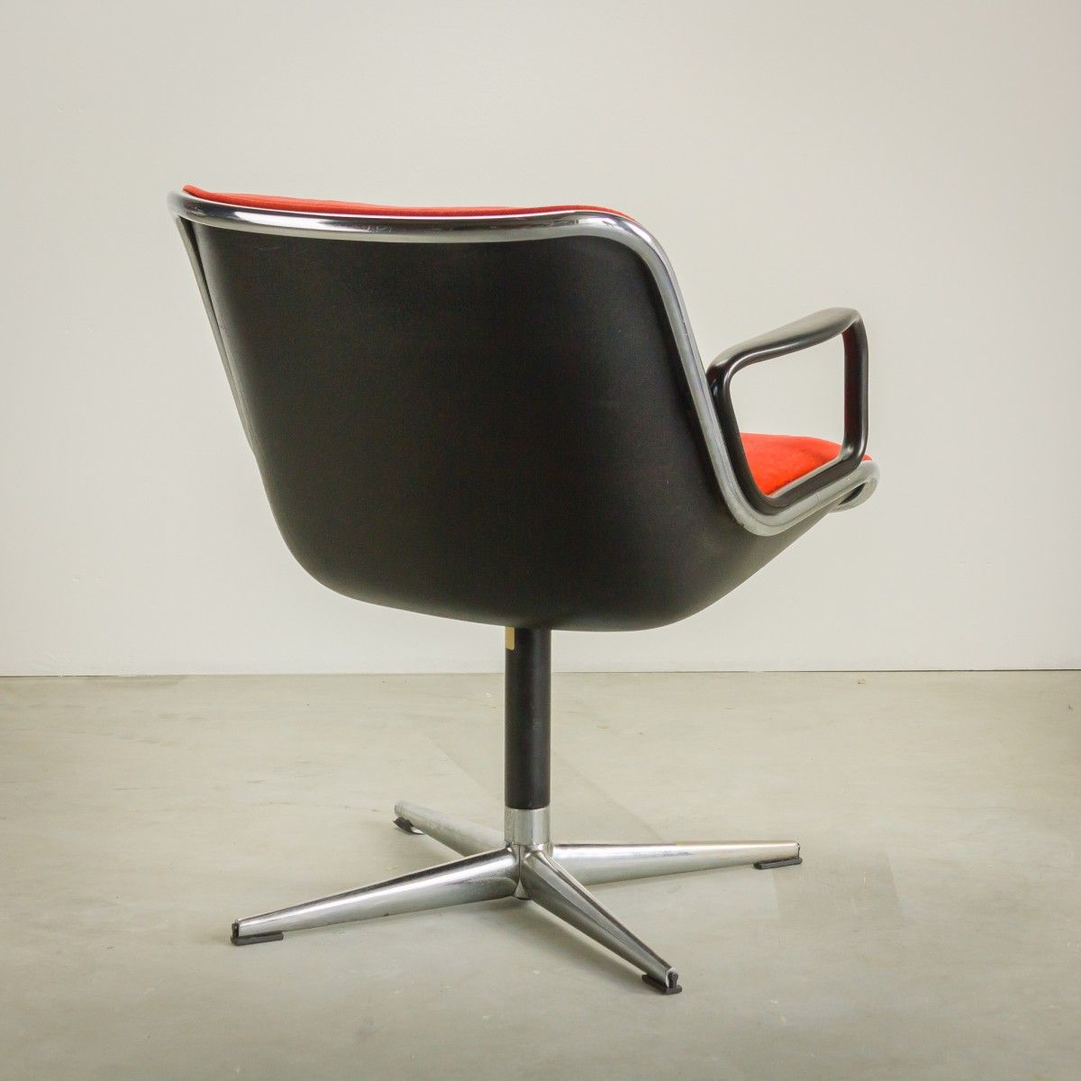 Groovy Red Velvet Executive Chair By Charles Pollock For Knoll Theyellowbook Wood Chair Design Ideas Theyellowbookinfo