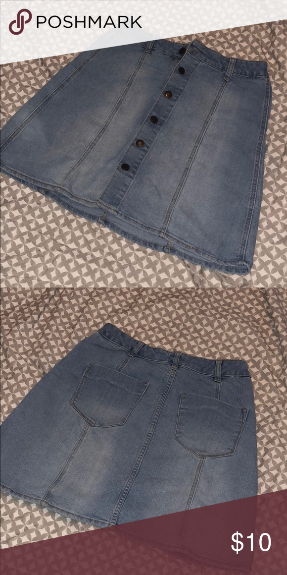 fd36f1b4da03fe Jean skirt Gently worn super cute mid length jean skirt Mossimo Supply Co.  Skirts