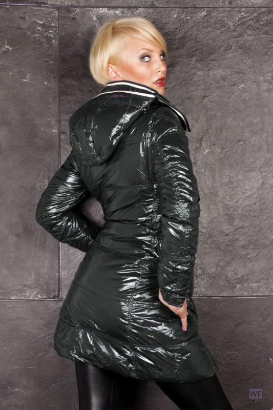 Glanz nylon mantel