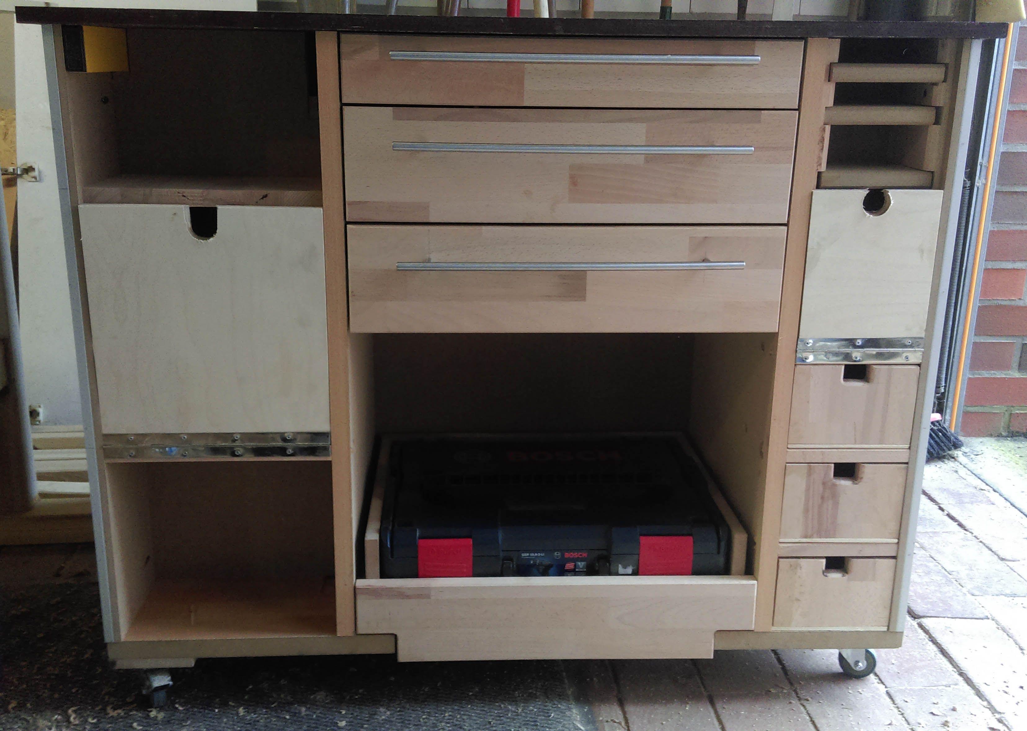 werkstattwagen alles was das herz begehrt. Black Bedroom Furniture Sets. Home Design Ideas