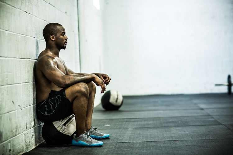 Build Quad Strength and Endurance With the Wall Sit Exercise ...
