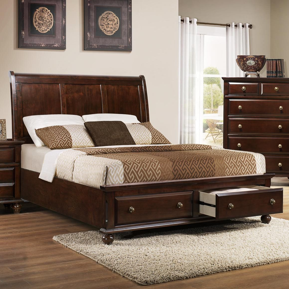 portsmouth b 6075 king panel bed with storage footboard by crown