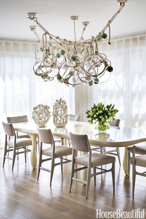 Dining Room Amazing Ideas  | www.bocadolobo.com #bocadolobo #luxuryfurniture #exclusivedesign #interiodesign #designideas #diningroom #dining #diningtable