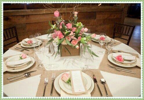 Beautiful Wedding Table Setting Ideas 4 Burlap