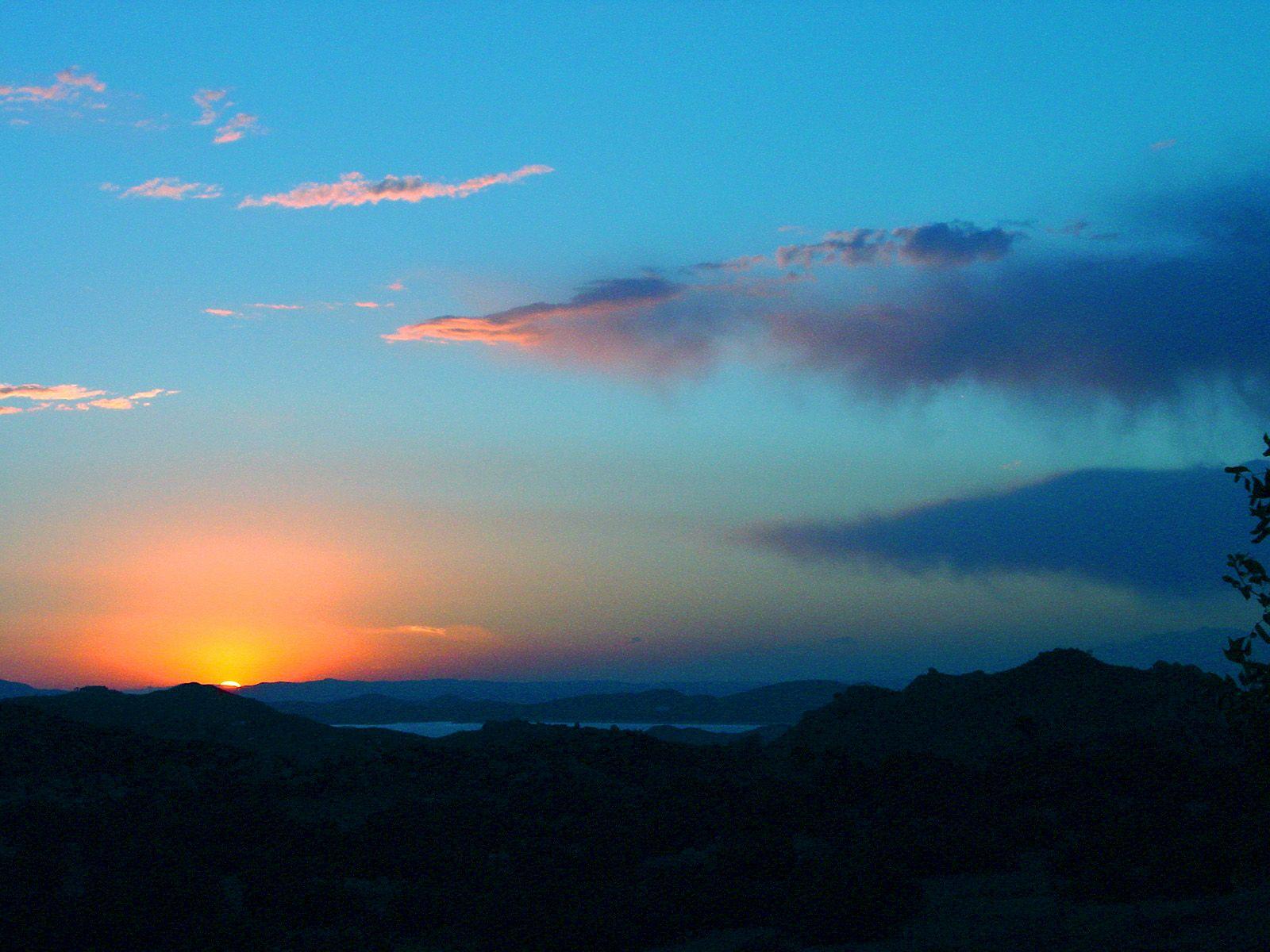 Cielo Amanecer Buscar Con Google Sunset Wallpaper Sunset Sky Blue Sky Clouds