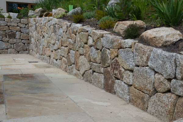 Hammered Granite Stone Wall At Dartmoor National Park With Boulders Used As Rockery Stones Stone Landscaping Dry Stone Wall Natural Stone Retaining Wall
