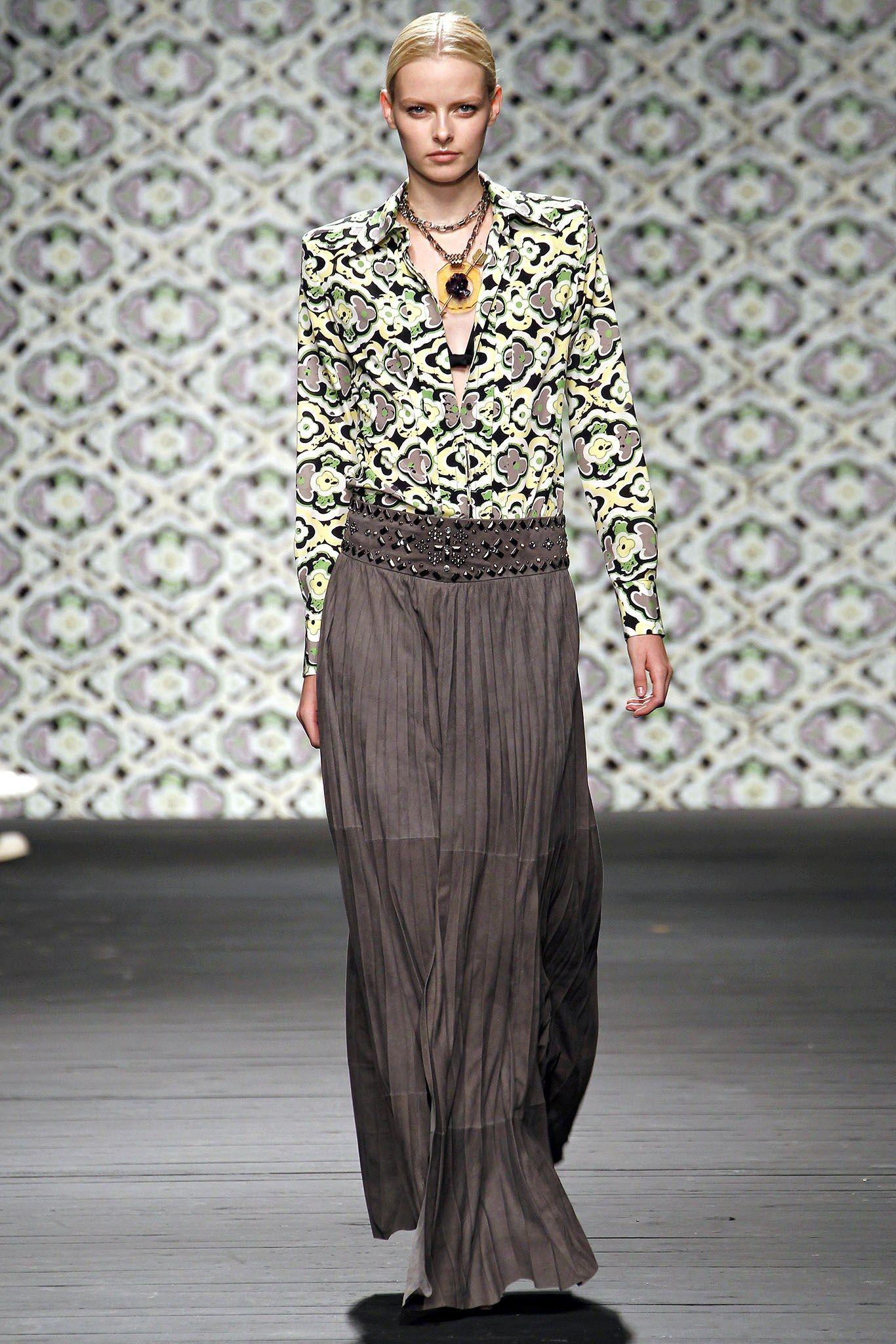 Iceberg Spring 2013 Ready-to-Wear Collection Photos - Vogue