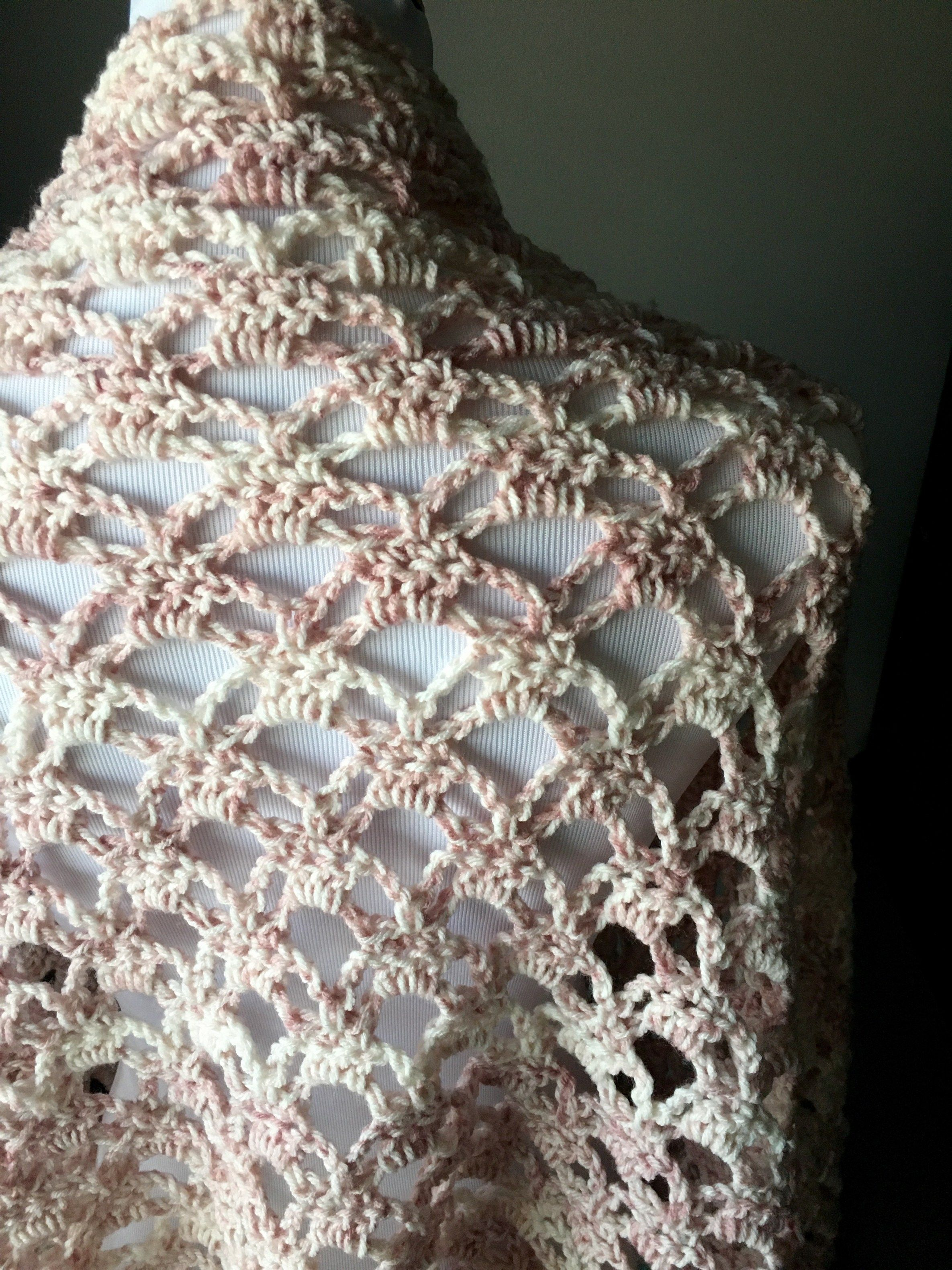How To Crochet The Perfect Lacy Shawl Crochet Clothing Crochet