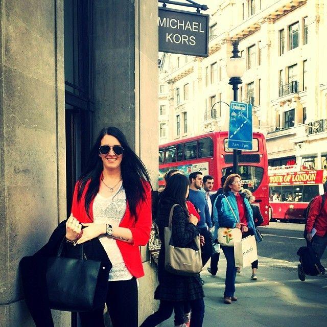 Its shopping time  #London #RegentStreet #MK #Sunnyday #busyashell #katyperry #MichaelKors #backontrack #lovingit - @mb163