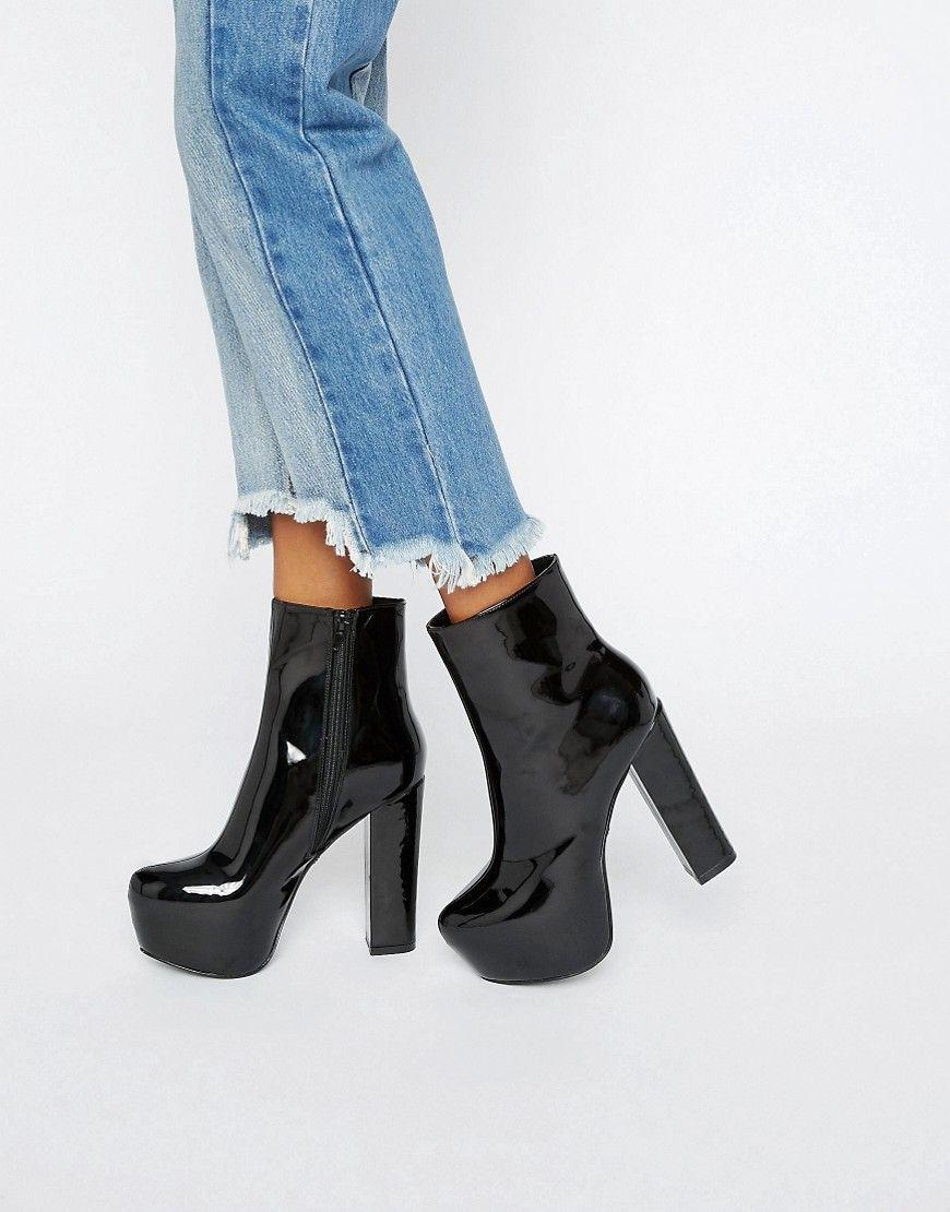 Daisy Street – Ankle-Boots aus schwarzem Lackleder mit sehr hoher Plateausohle