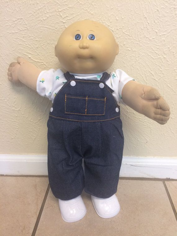 CABBAGE PATCH KIDS DOLL MASS PROD WHITE SOCKS   ONE PAIR ONLY