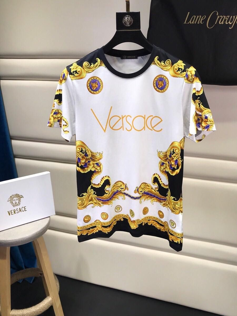 64f485d4d4c2d8 VCM0319-2835 Welcome to chat with me in whatsapp Versace Men #menVersace # Versace #Versacecoat #Versacedress #Versacejacket #Versacemen #Versaceshirt  # ...