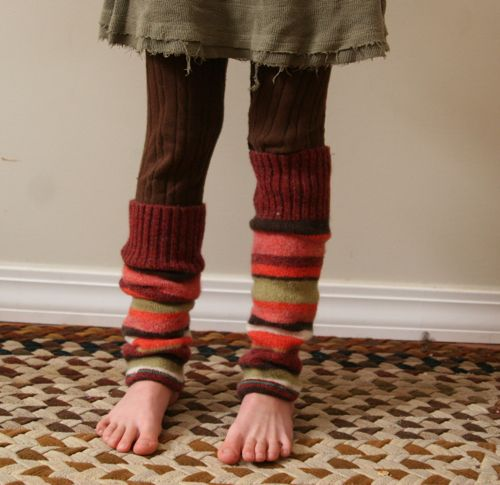 i know this is a kiddo, but i LOVE this upcycled re-purposed outfit! :]