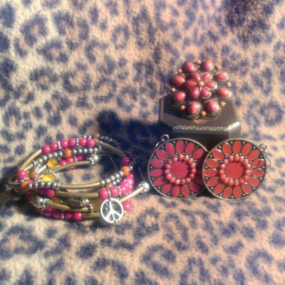 Jewelry Set Jewelry Set...Ring, Earrings & Stretchy bracelets with charms...super cute Boutique Jewelry