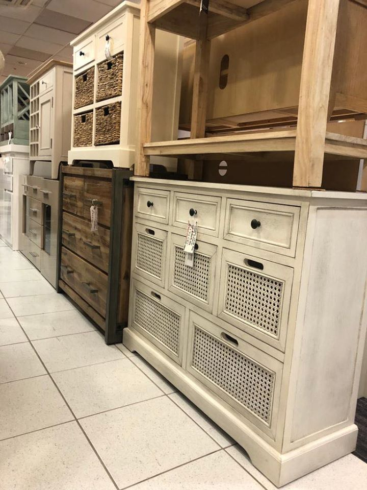 Leigh-on-Sea Store 1009-1015 London Road, Essex SS9 3JY Tel. 01702 476356  #furnitureoutletstores #chestofdrawers #sideboard #cupboard #cabinet #winerack #beautifulhome #homelyhome #cottagechic #countrystyle #farmhousefurniture #homeliving #firsttimehomebuyer #firsttimebuyer