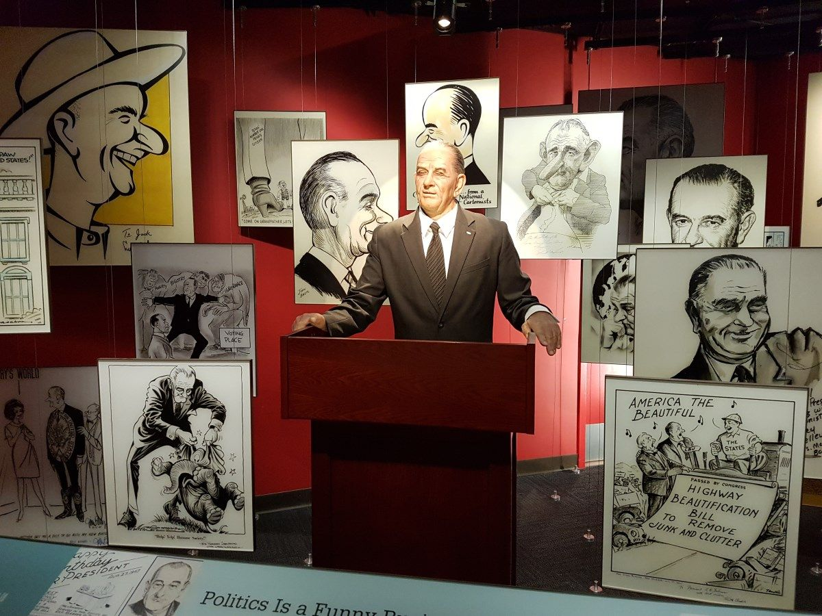 Review The Lbj Presidential Library