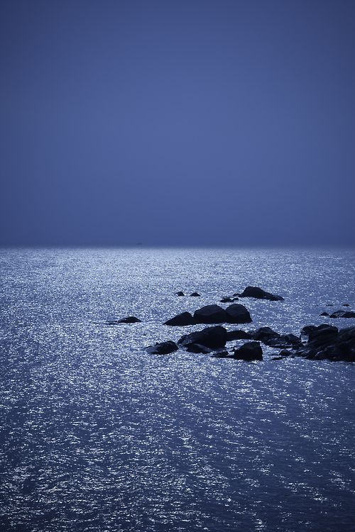 Night Sea photo by Elvin Cheng