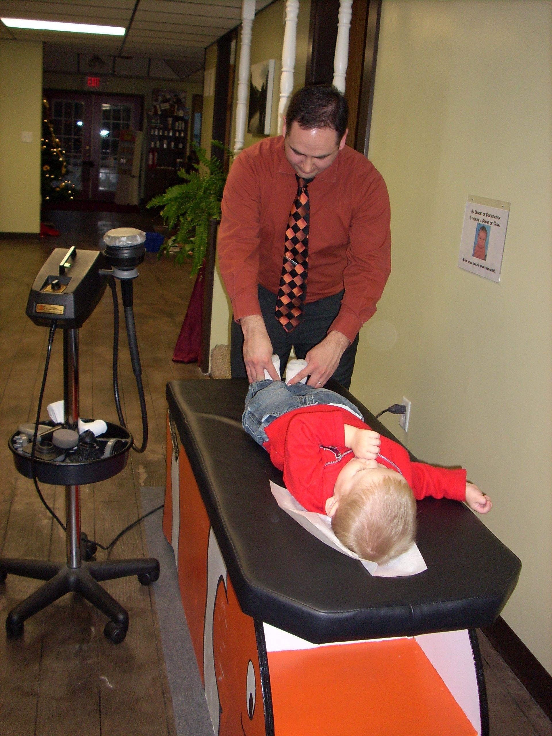 We love Chiropractic Kids!!!  Dr. Marcus Deaver, D.C. 316.321.5433  www.ArtOfLifeChiro.com