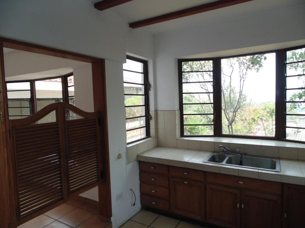 Casa En Lomas De Altamira Casas en Venta San Salvador El