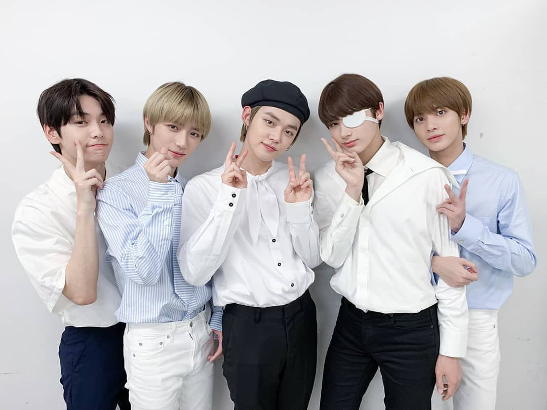 """TXT is ready to say goodbye to this year with """"F2020"""""""