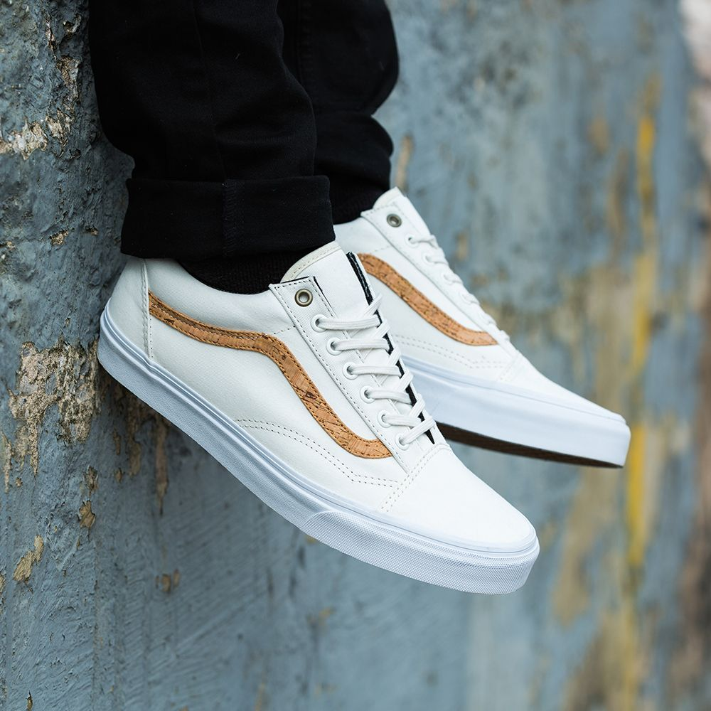 The Vans Old Skool Cork Twill Trainer in white.