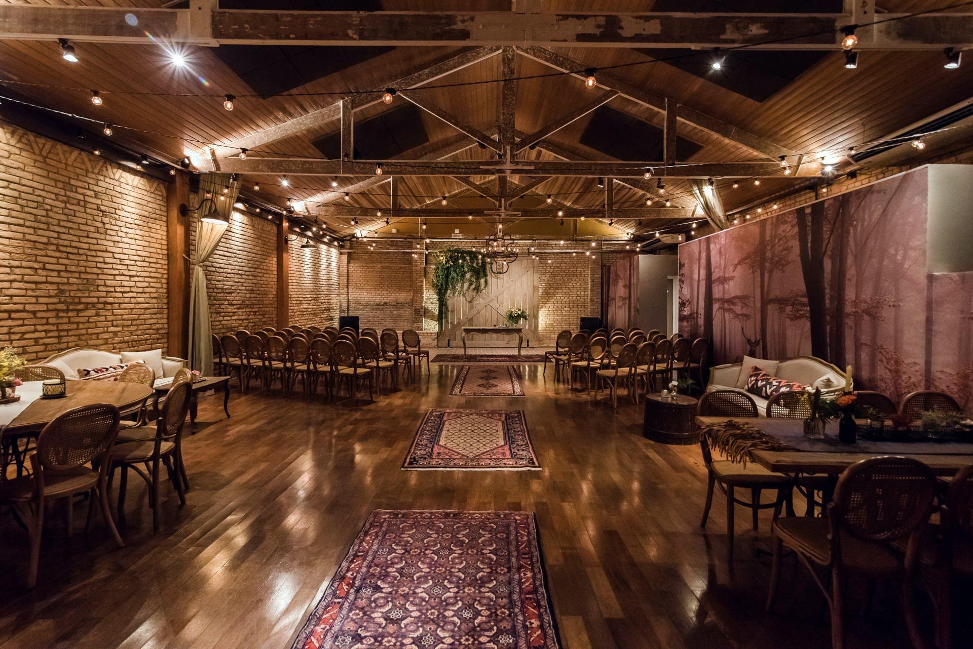 Detalhes De Casamento No Celeiro Quintal Restaurante Rustico