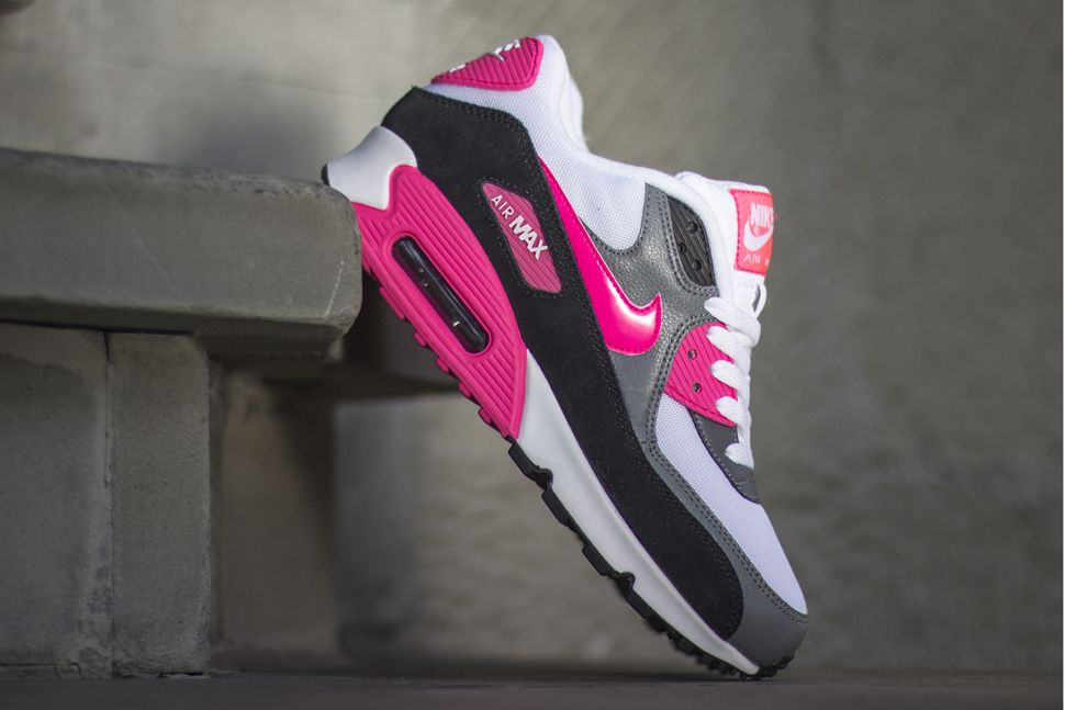 size 40 b5100 45773 Pink Nike Air Max 90   nike-air-max-90-essential-cool-grey-black-hyper-pink -1