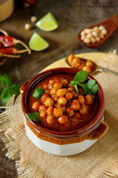 Choley Or Chana Masala (Indian Chickpeas Curry) | Rezept