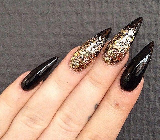 Black And Gold Glitter Stiletto Nails Stiletto Nails Designs Black Stiletto Nails Gold Nails