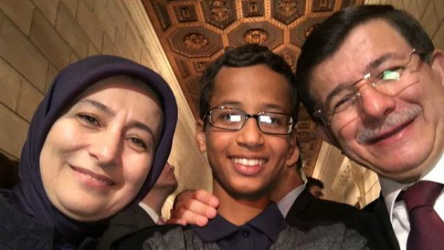 """Clock Kid"" Ahmed Mohamed Aims to Raise Awareness About ""Racism and Discrimination"""